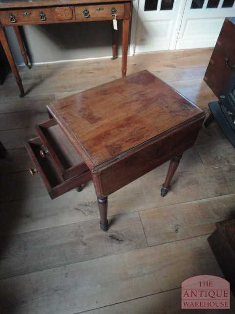 Hoge Kleine Tafel.Categorieen Antieke Pembroke Tafel